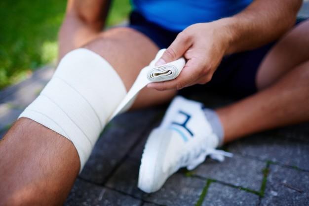 Kontuzja-nogi-Fizjoterapia-PANACEUM