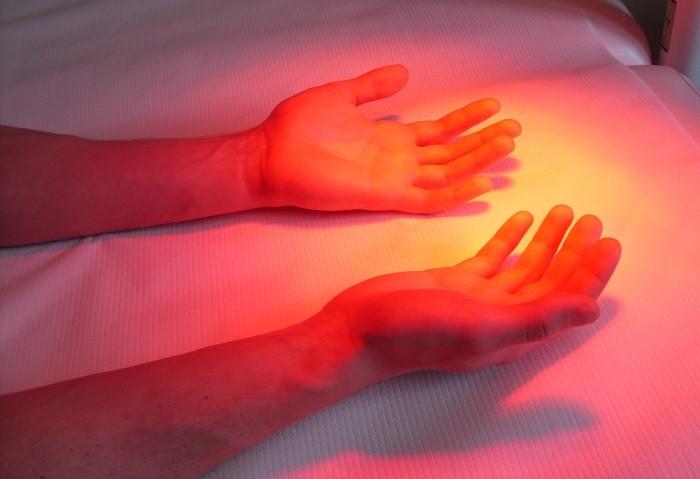 Leczenie-światłem-fizjoterapia-PANACEUM
