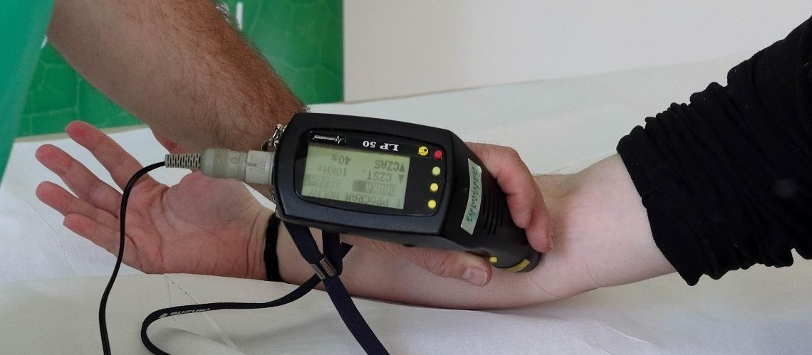 Laser biostymulacyjny IR