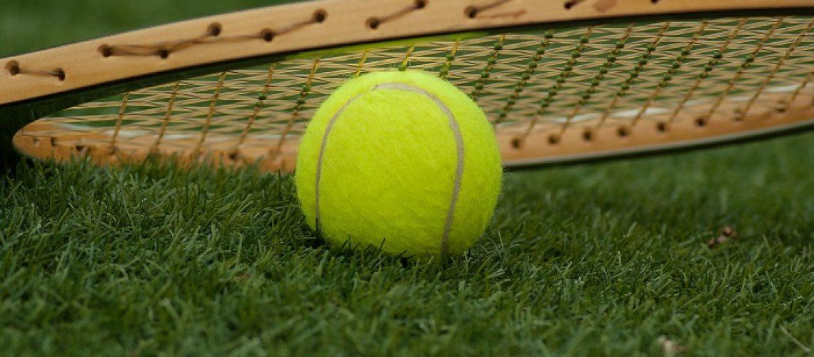 Jak-radzic-sobie-z-urazami-w-tenisie-Fizjoterapia-PANACEUM